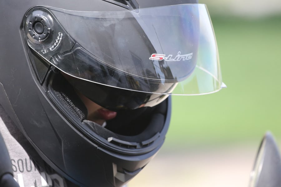 listen music bluetooth motorcycle helmet